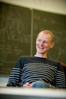 """""""En ugle til en flueknepper"""": KU's bedste underviser er fonetiker"""