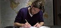 """""""Grammatik for dummies"""" – Thomas Skov på skolebænken, 6 videoer om grammatik"""