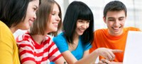 Undervisning på engelsk sænker studerendes niveau